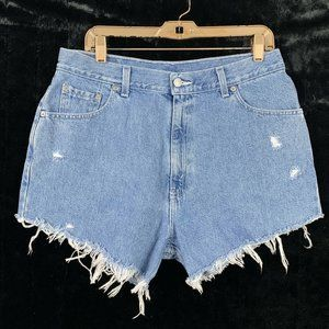 Levis 32 Shorts Cut Off Jean Distressed